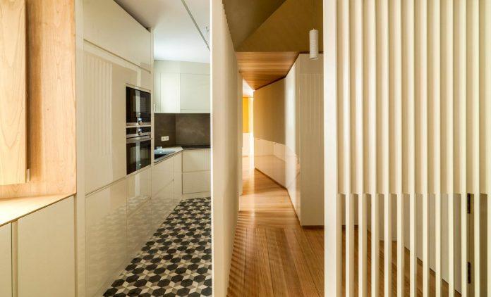 arguelles-apartment-refurbishment-bright-wooden-new-home-04