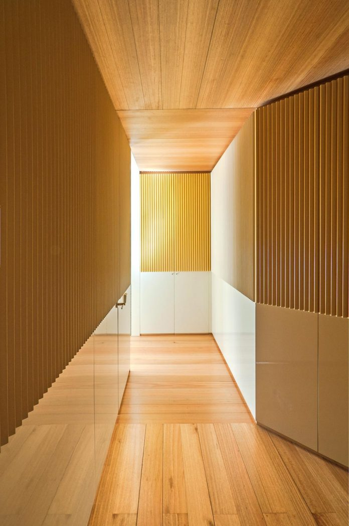 arguelles-apartment-refurbishment-bright-wooden-new-home-08