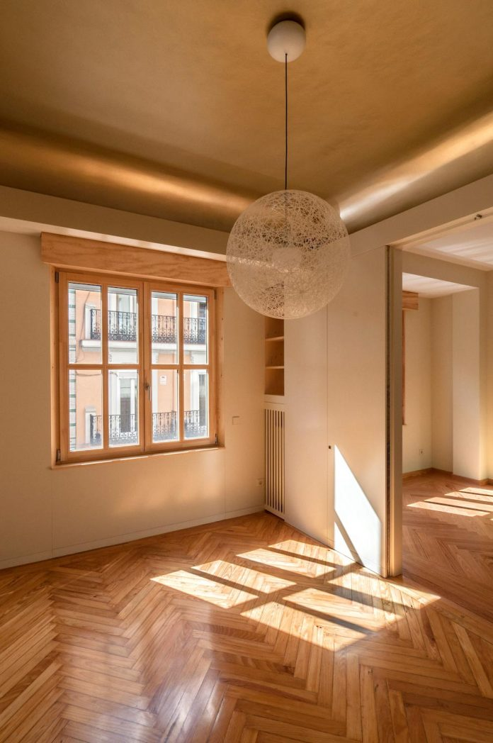 arguelles-apartment-refurbishment-bright-wooden-new-home-14