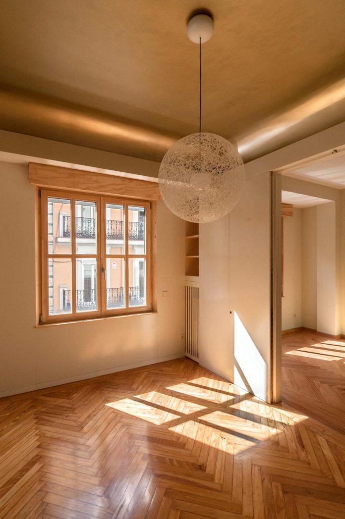 arguelles-apartment-refurbishment-bright-wooden-new-home-14