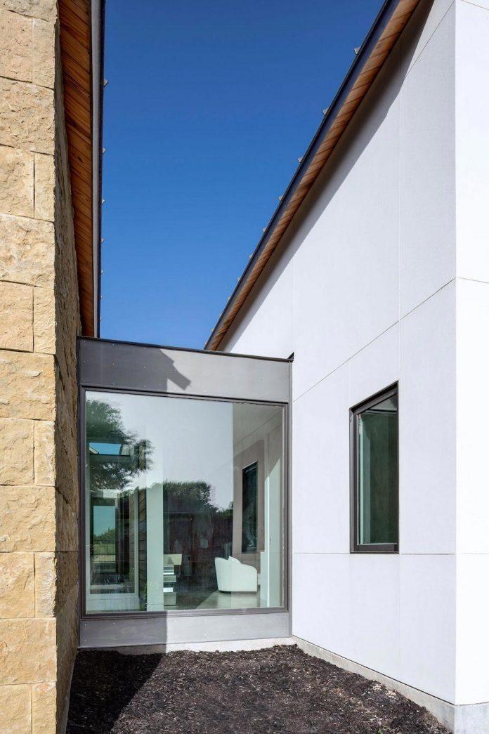 blue-ridge-drive-residence-cedar-hill-texas-norman-d-ward-architect-06