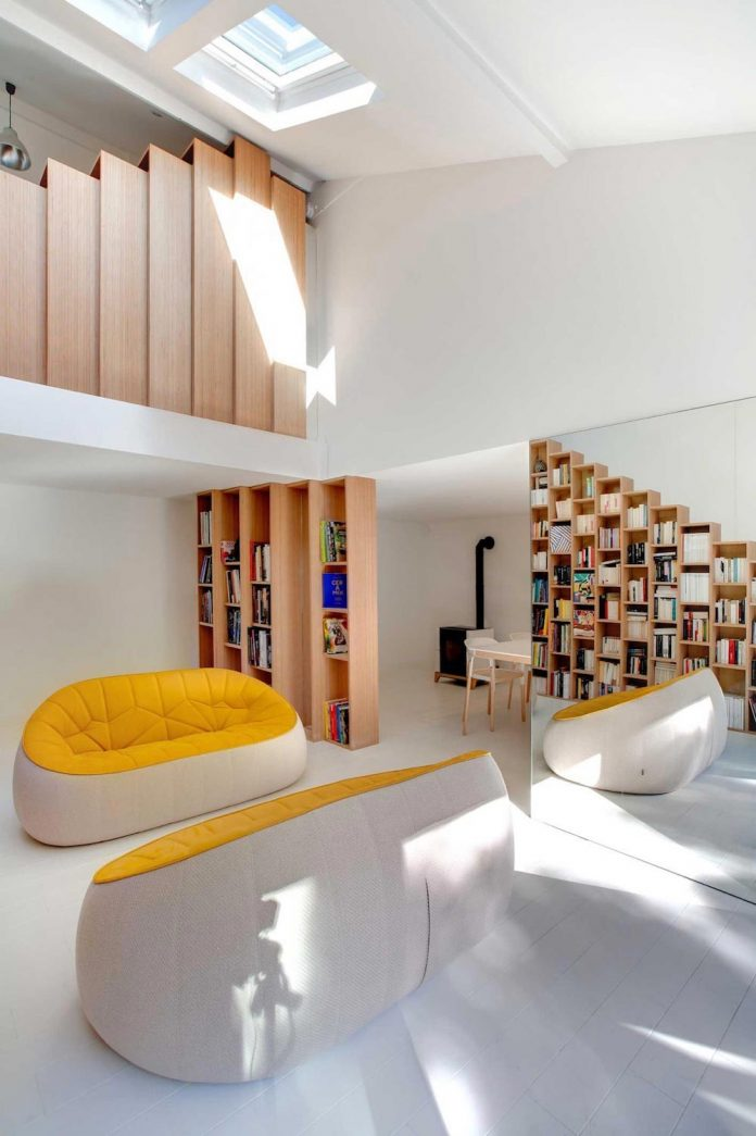 bookshelf-house-bright-playful-home-outside-paris-03