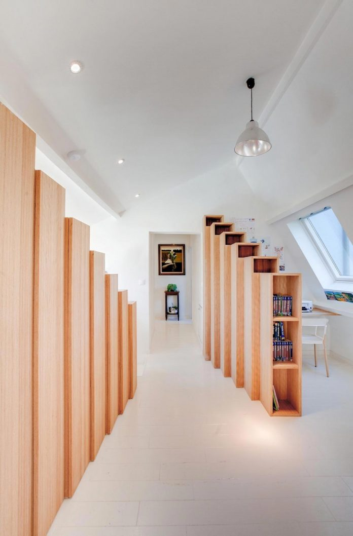 bookshelf-house-bright-playful-home-outside-paris-05