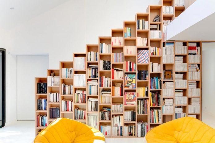 bookshelf-house-bright-playful-home-outside-paris-07