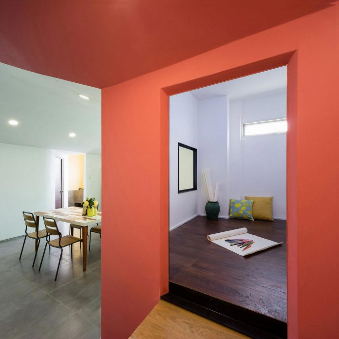 colourful-2-bedroom-apartment-ho-chi-minh-city-03