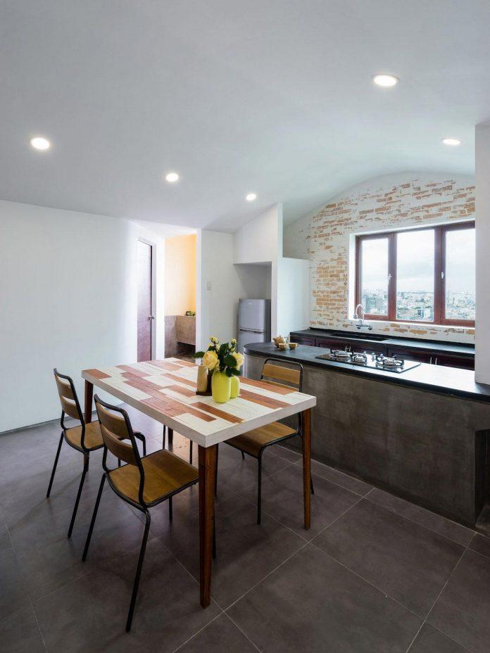 colourful-2-bedroom-apartment-ho-chi-minh-city-11
