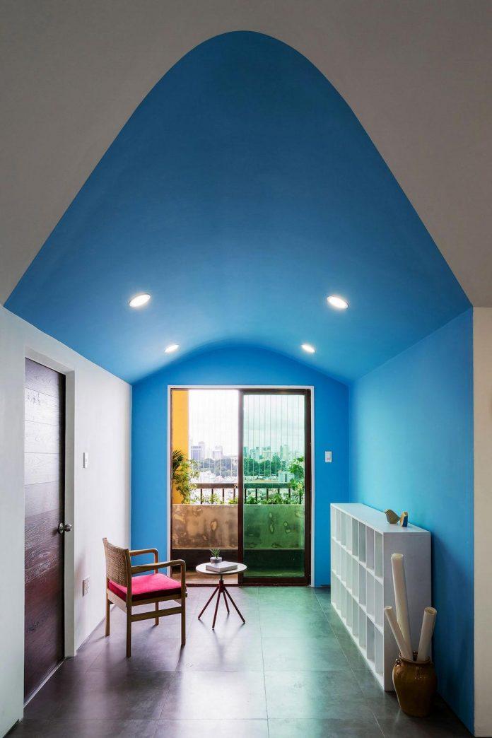 colourful-2-bedroom-apartment-ho-chi-minh-city-13
