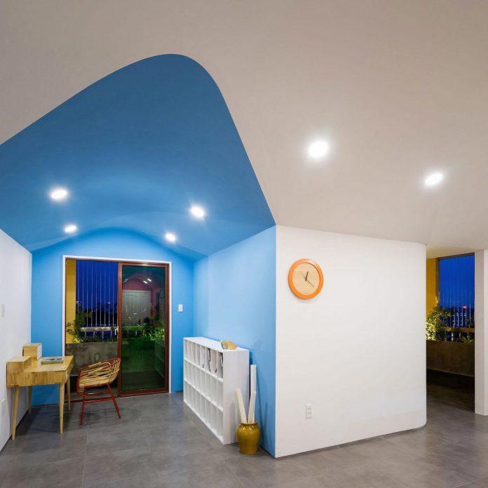 colourful-2-bedroom-apartment-ho-chi-minh-city-18