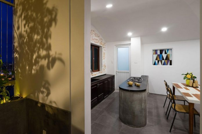 colourful-2-bedroom-apartment-ho-chi-minh-city-20