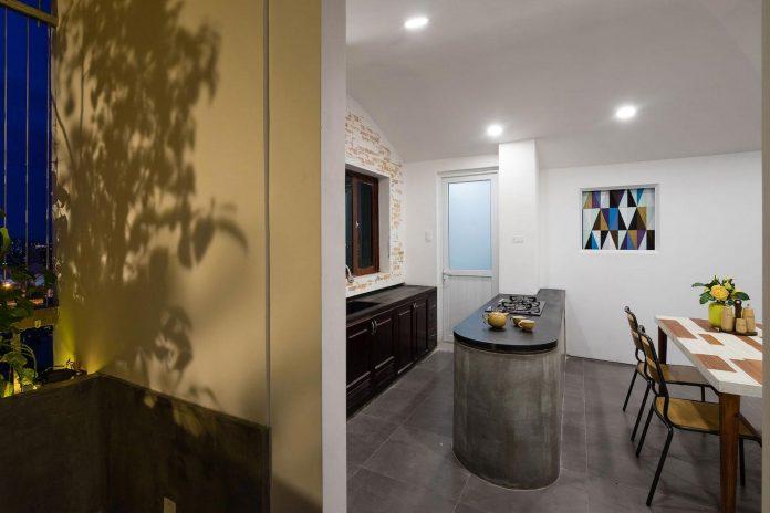 colourful-2-bedroom-apartment-ho-chi-minh-city-20