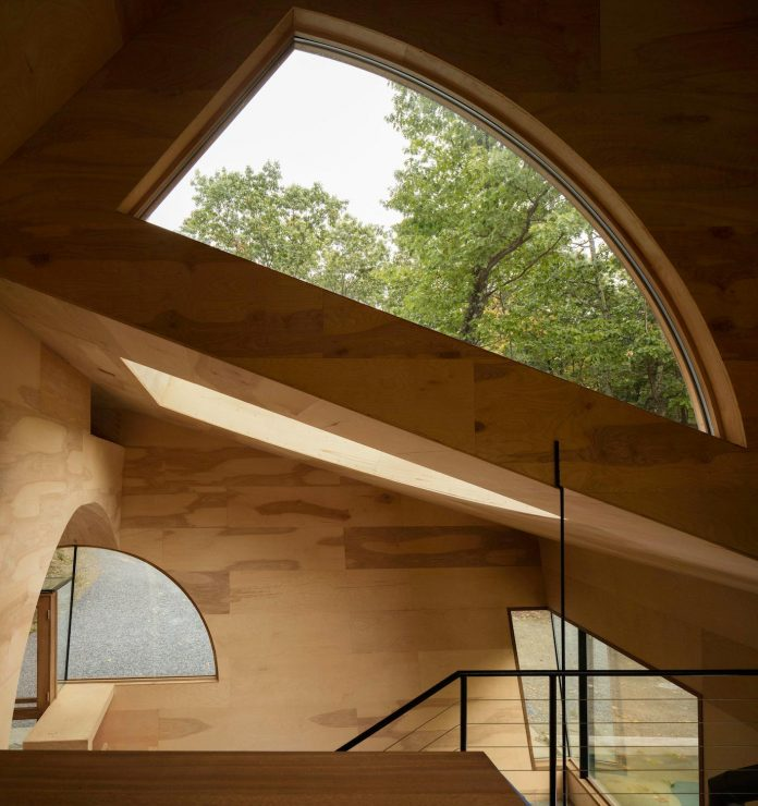 contemporary-alternative-modernist-suburban-houses-08