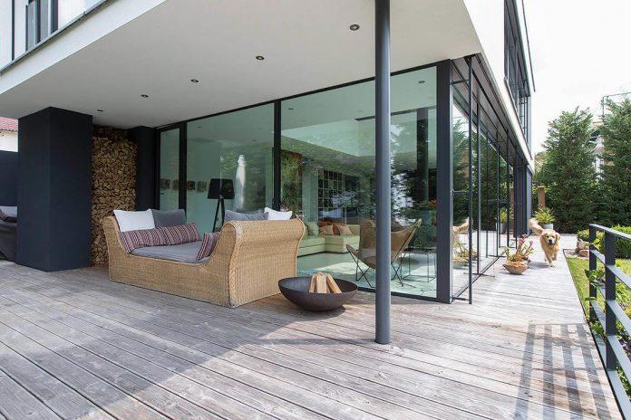 contemporary-bg-house-germany-designed-bau-werk-stadt-architekten-05