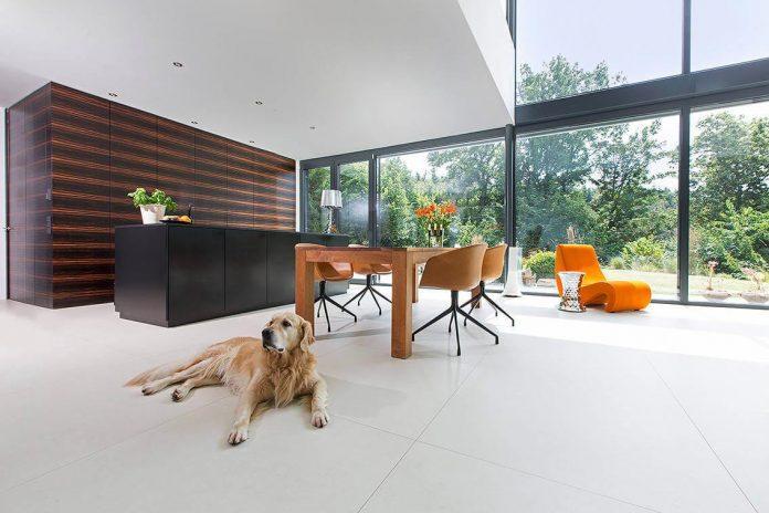 contemporary-bg-house-germany-designed-bau-werk-stadt-architekten-07