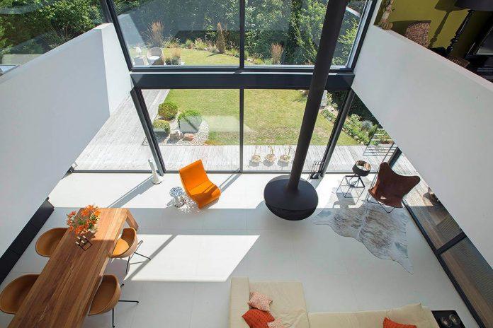 contemporary-bg-house-germany-designed-bau-werk-stadt-architekten-11
