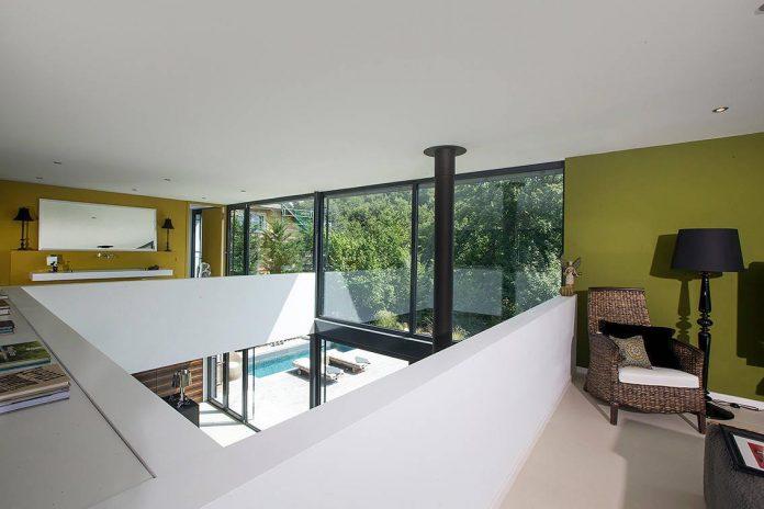 contemporary-bg-house-germany-designed-bau-werk-stadt-architekten-12