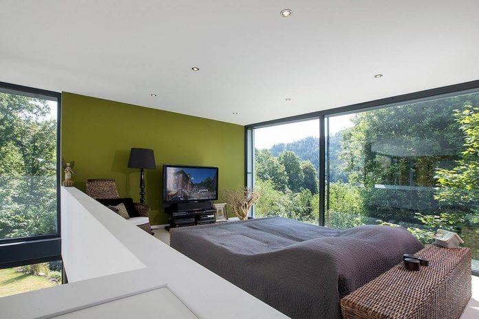 contemporary-bg-house-germany-designed-bau-werk-stadt-architekten-13