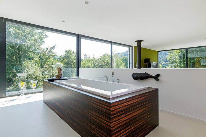 contemporary-bg-house-germany-designed-bau-werk-stadt-architekten-14