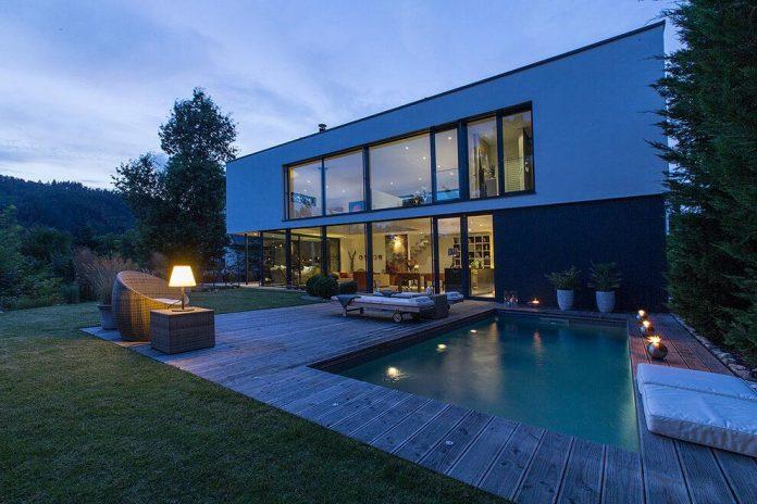 contemporary-bg-house-germany-designed-bau-werk-stadt-architekten-21
