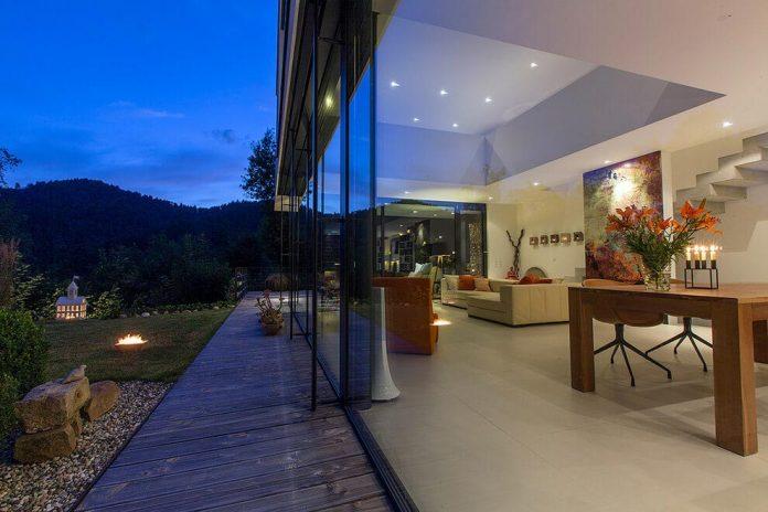 contemporary-bg-house-germany-designed-bau-werk-stadt-architekten-23