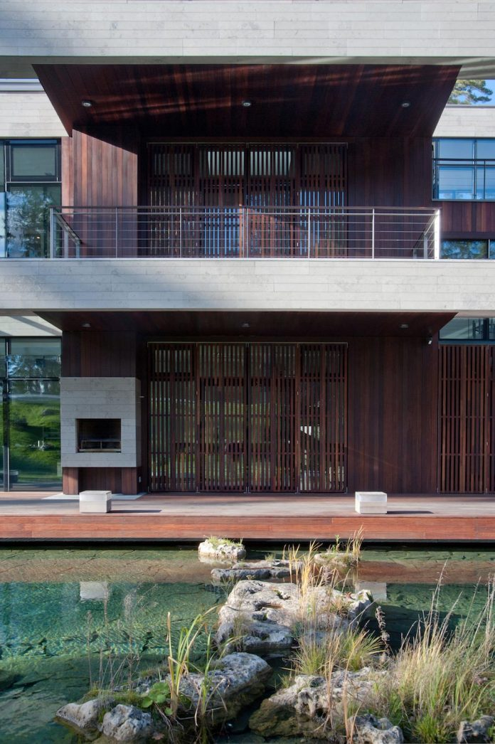 contemporary-country-house-forrest-surrounding-moscow-oblast-11