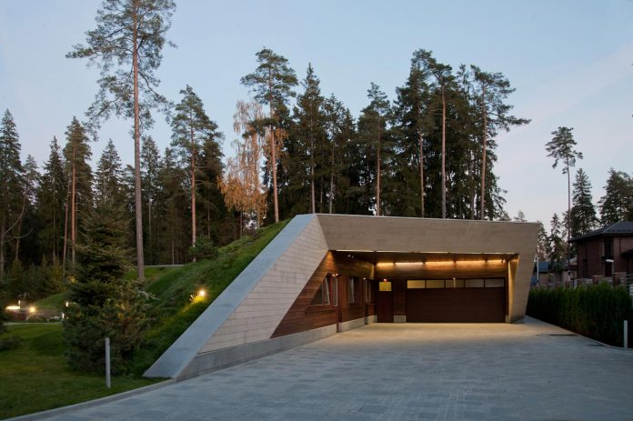 contemporary-country-house-forrest-surrounding-moscow-oblast-26