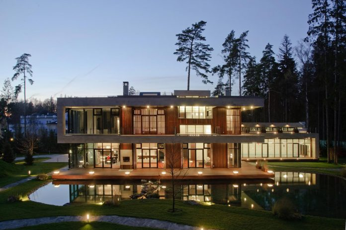 contemporary-country-house-forrest-surrounding-moscow-oblast-31