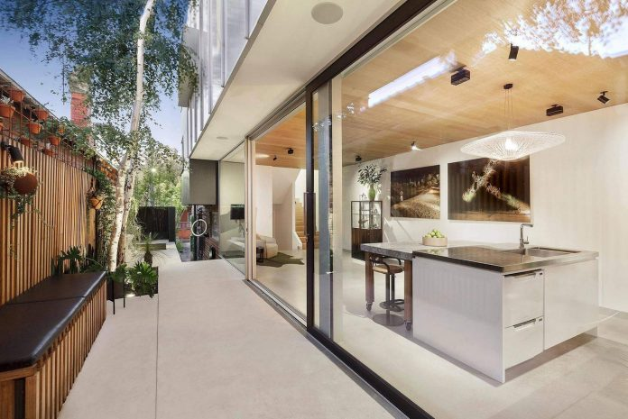 contemporary-home-set-limited-area-uses-surroundings-carefully-01