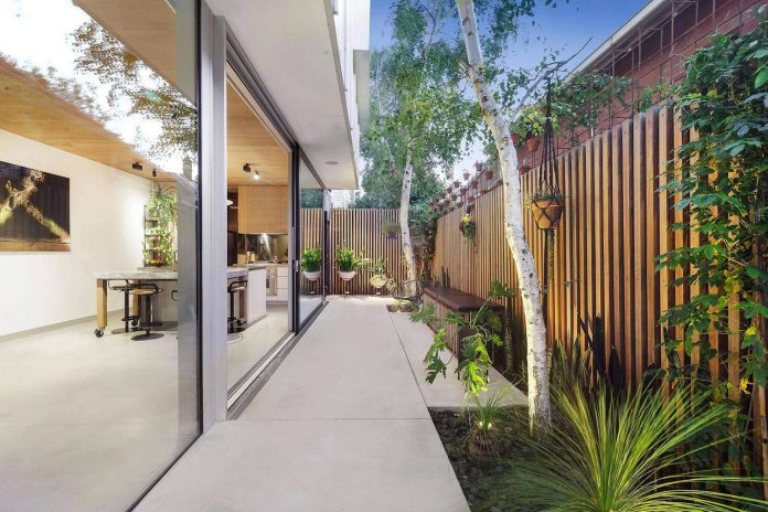 contemporary-home-set-limited-area-uses-surroundings-carefully-02