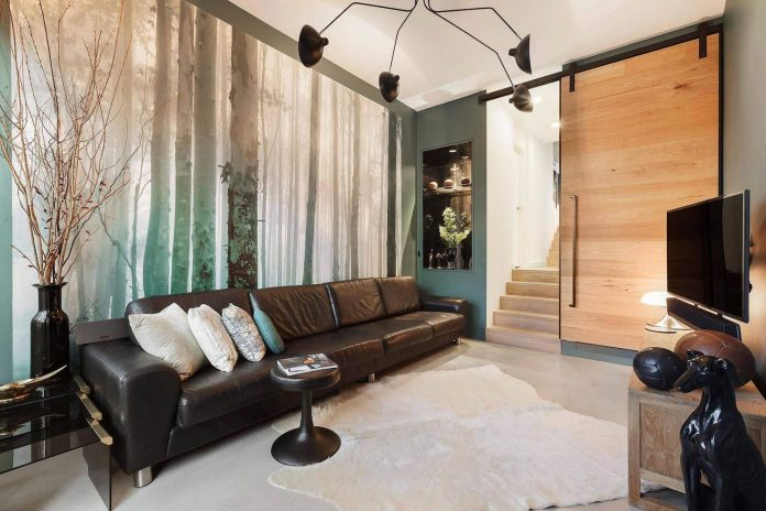 contemporary-home-set-limited-area-uses-surroundings-carefully-03
