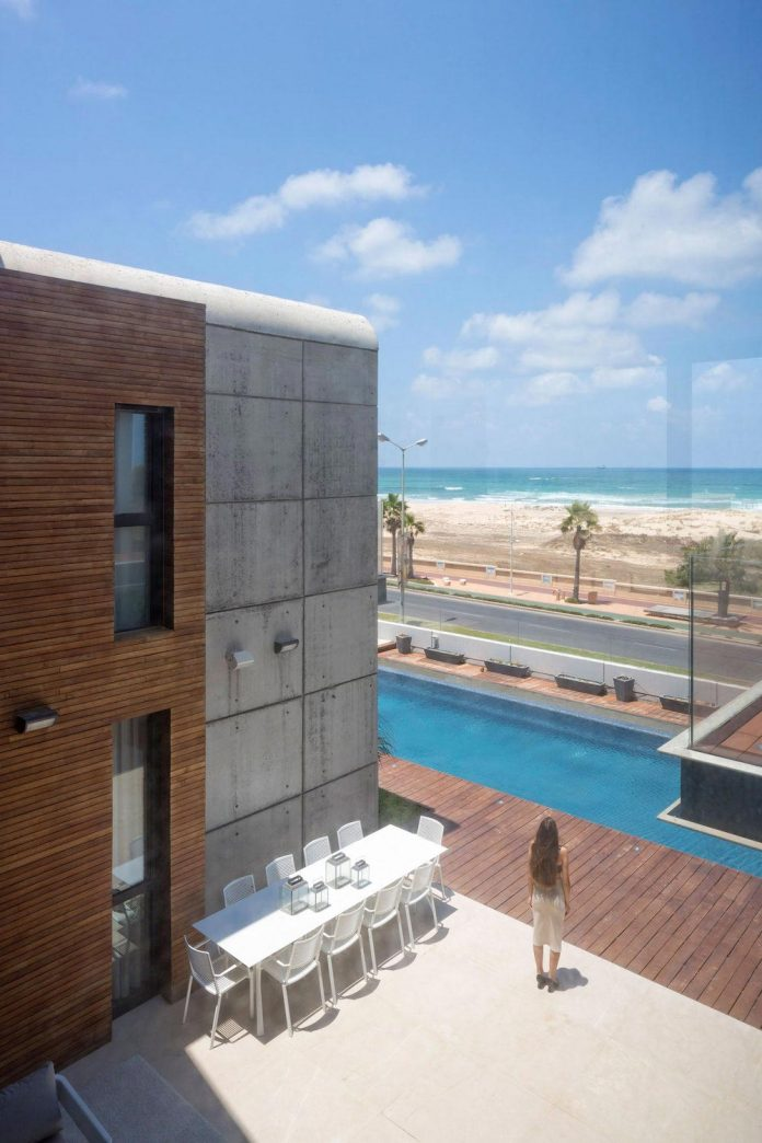 contemporary-house-overlooks-mediterranean-sea-situated-steps-away-beach-04