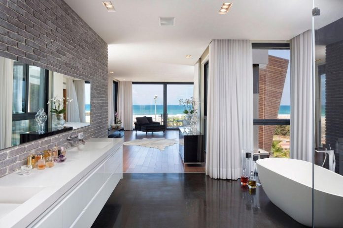 contemporary-house-overlooks-mediterranean-sea-situated-steps-away-beach-15