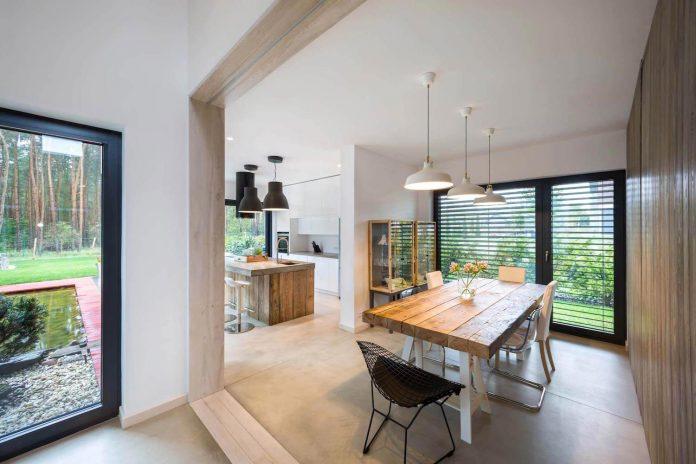 contemporary-interpretation-traditional-style-home-borowiec-poland-06