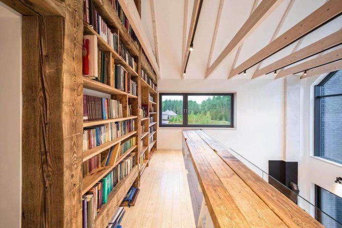 contemporary-interpretation-traditional-style-home-borowiec-poland-13