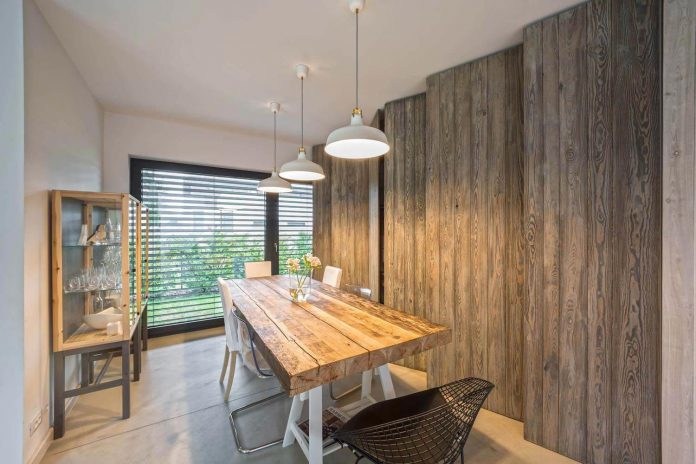 contemporary-interpretation-traditional-style-home-borowiec-poland-26