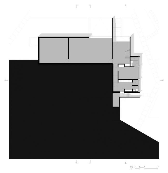 contemporary-residence-located-hexagonal-plot-dense-pine-forest-18
