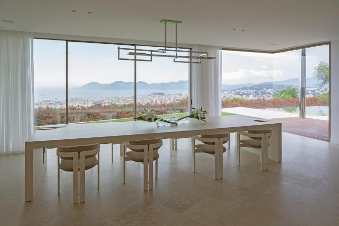 contemporary-stunning-house-cannes-french-riviera-04