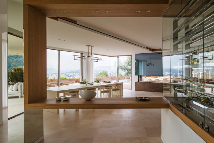 contemporary-stunning-house-cannes-french-riviera-06