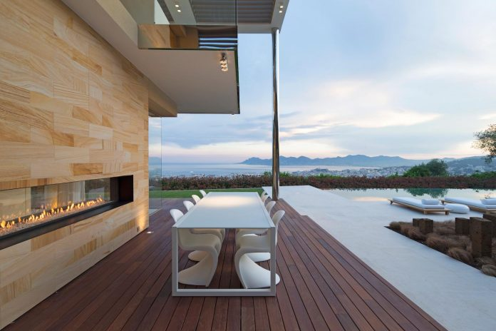 contemporary-stunning-house-cannes-french-riviera-13