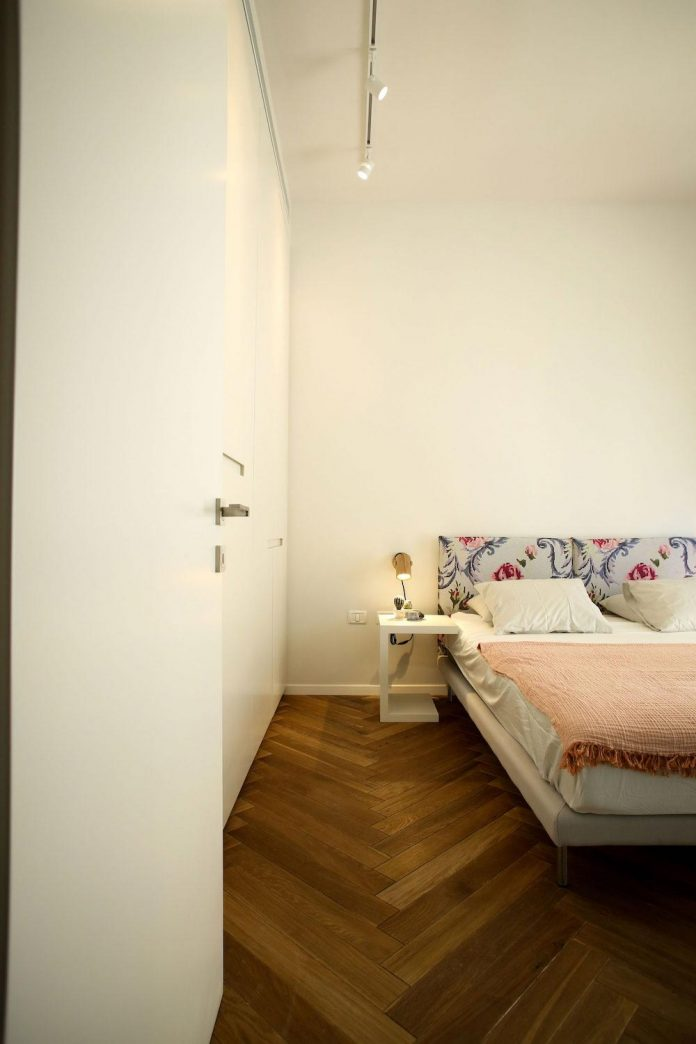 contemporary-tlv-gordon-8-2-apartment-dori-interior-design-18