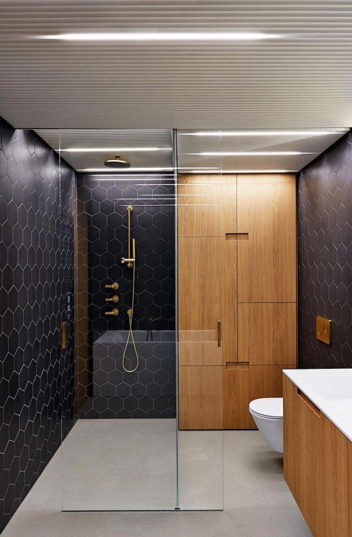 contemporary-triplex-apartment-prague-designed-bright-colours-23