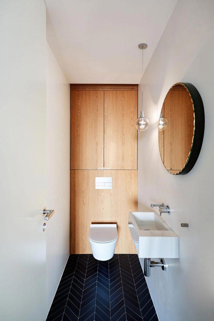 contemporary-triplex-apartment-prague-designed-bright-colours-24
