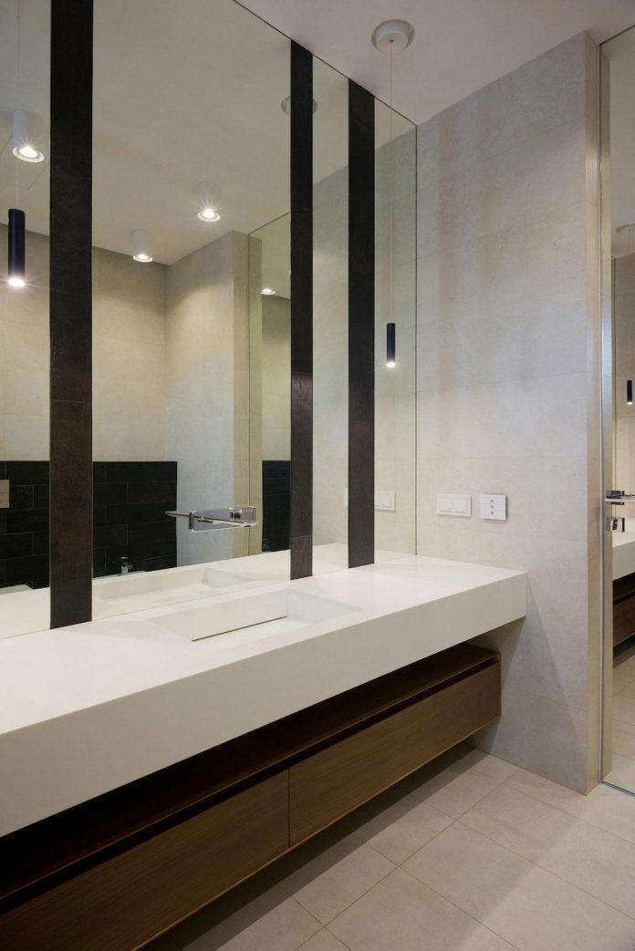 elegant-contemporary-country-house-suburbs-pestovo-russia-37