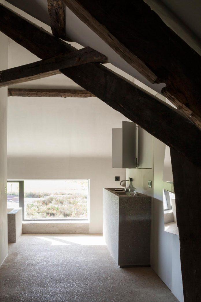farmhouse-transformation-elegant-residence-north-belgium-09