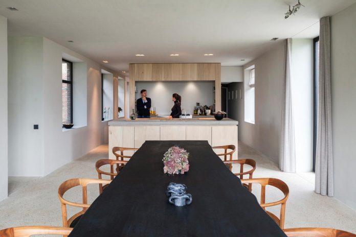 farmhouse-transformation-elegant-residence-north-belgium-12