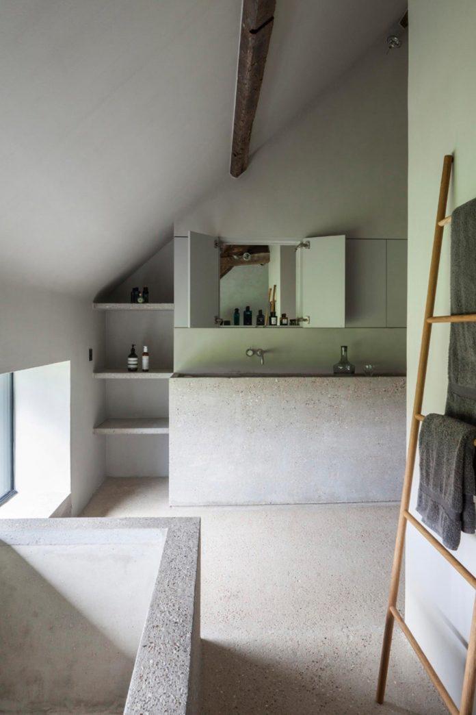 farmhouse-transformation-elegant-residence-north-belgium-16