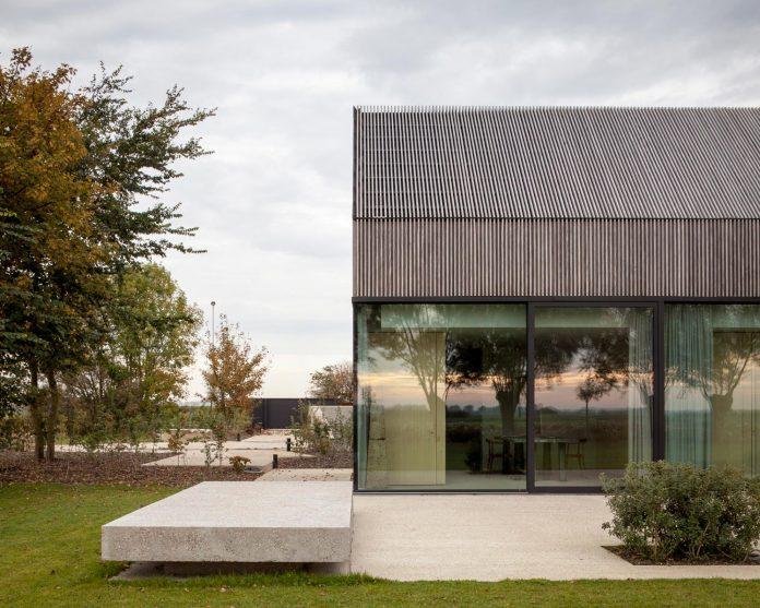 farmhouse-transformation-elegant-residence-north-belgium-19