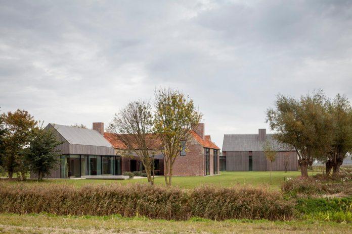farmhouse-transformation-elegant-residence-north-belgium-20