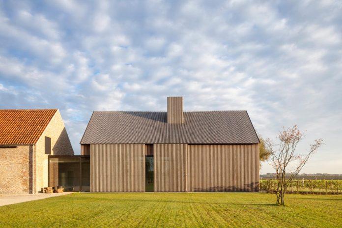 farmhouse-transformation-elegant-residence-north-belgium-23