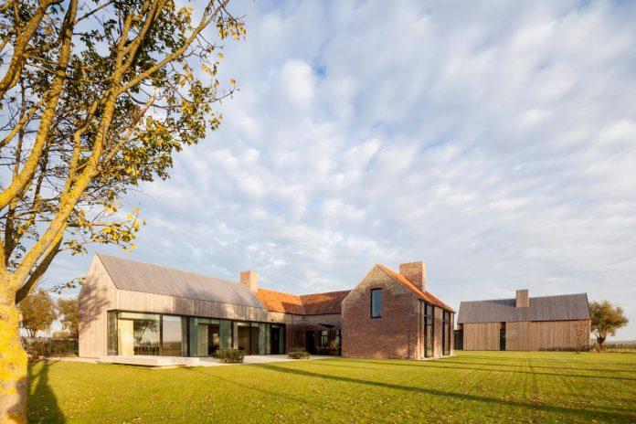 farmhouse-transformation-elegant-residence-north-belgium-24