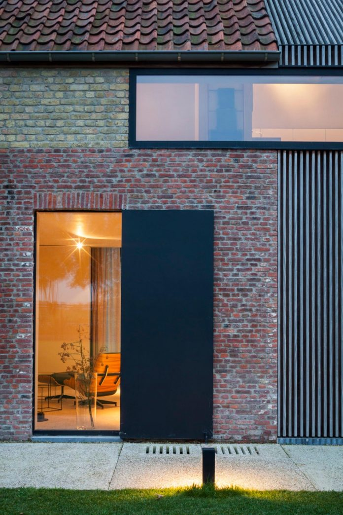 farmhouse-transformation-elegant-residence-north-belgium-28